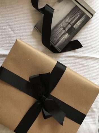 caja de cartón enlistada
