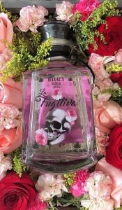 mezcal la fugitiva,regalos con mezcal,regalos dia del amor,regalos 14 febrero,regalos dia de la madre,mezcal y flores